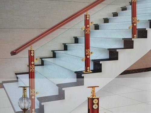 西宁实木楼梯西宁防腐木西宁阳台围栏