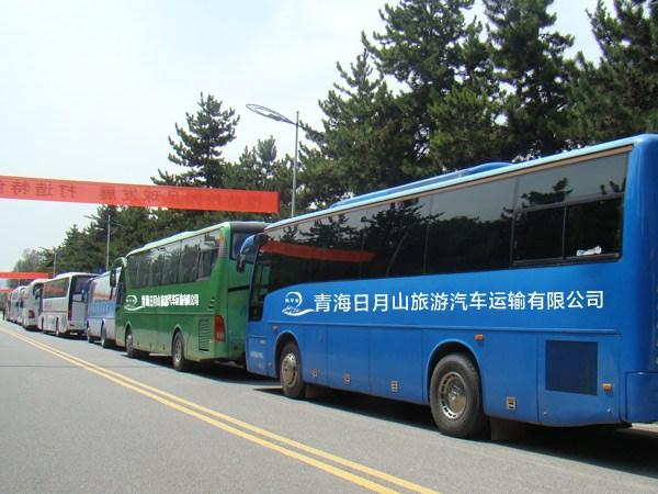 青海西宁旅游大巴照片